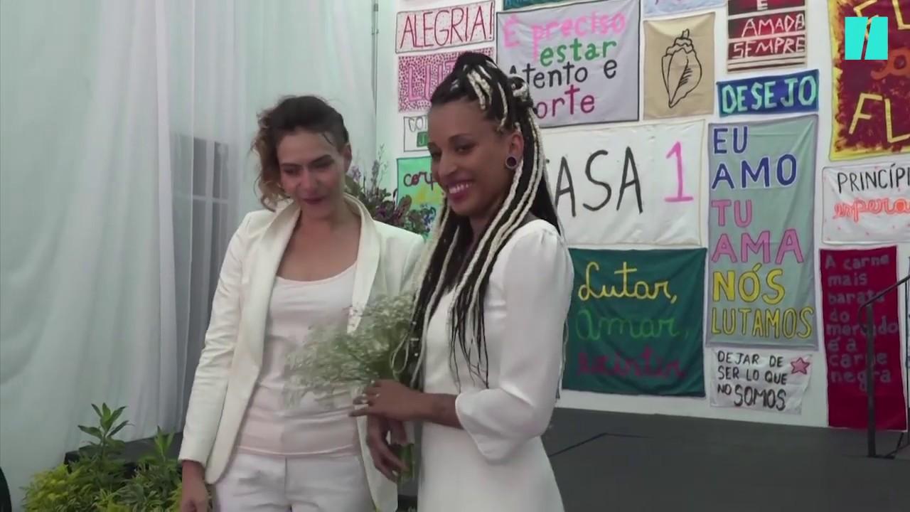 Brésil: des homosexuels se marient avant l'investiture de Bolsonaro/ Capture d'écran: Huffington post