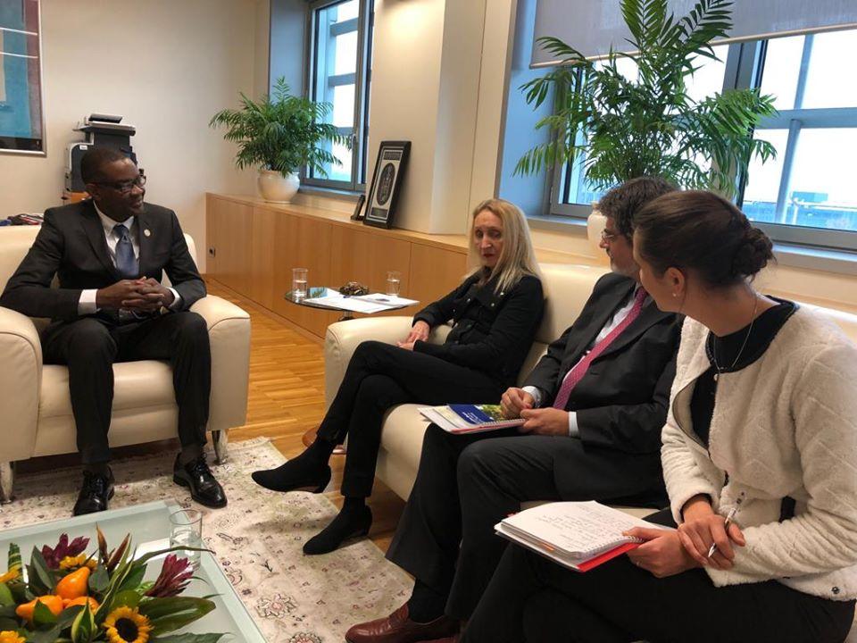 Le ministre Jobert C. Angrand ainsi que des représentants du FIDA durant son voyage officiel en Italie - Crédit Photo : MARNDR