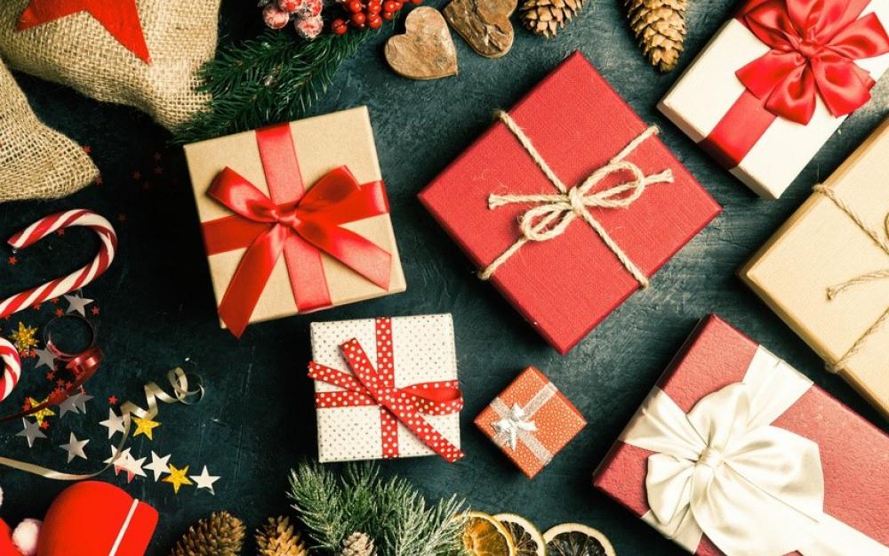 Cinq cadeaux à offrir à vos proches pour la Noël   Loop News