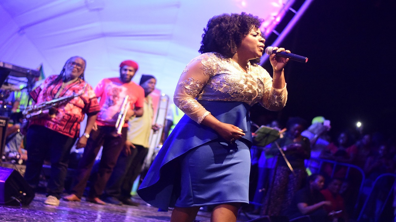 Etana performing at Tarrus Riley's 'Let Live Music Live' concert last December. (PHOTO: FILE)