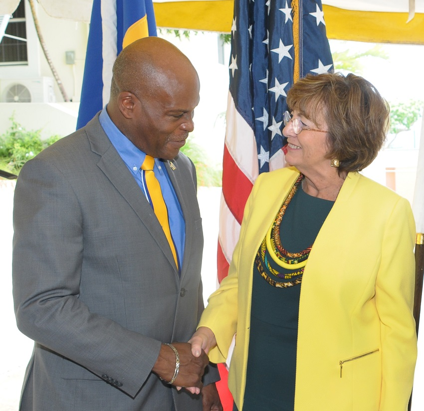 Minister Edmund Hinkson and US Ambassador to Barbados Linda Taglialatela. (BGIS)