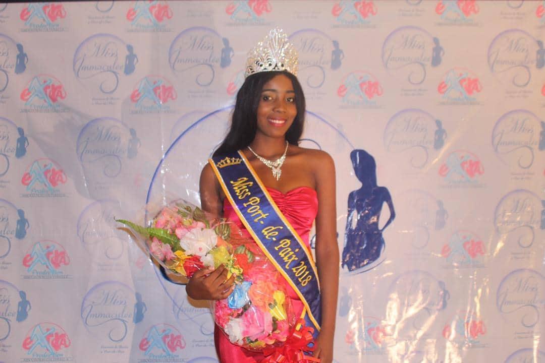 Miss Immaculée Port-de-Paix: Cherline Charité remporte la couronne...