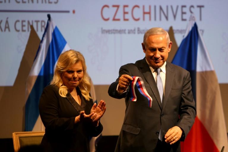 Le Premier ministre israélien Benjamin Netanyahu et son épouse Sara, le 27 novembre 2018 à Jérusalem