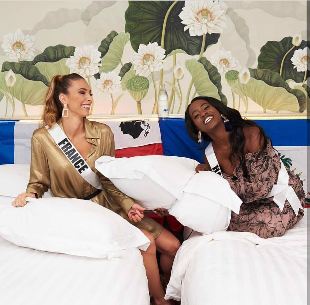 Sur cette photo: Miss France 2018, Eva Colas et Miss Haiti, Samantha Colas/ Crédit: Instagram Samantha Colas