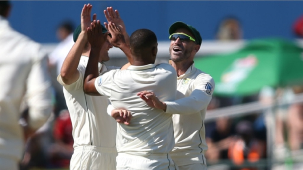 Vernon Philander and South Africa celebrate the wicket of Asad Shafiq.