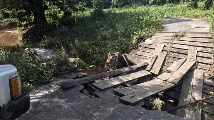Photo: A broken bridge in Vega de Oropouche has cut off villagers. The bridge has not been repaired since it collapsed after heavy flooding in October 2018.