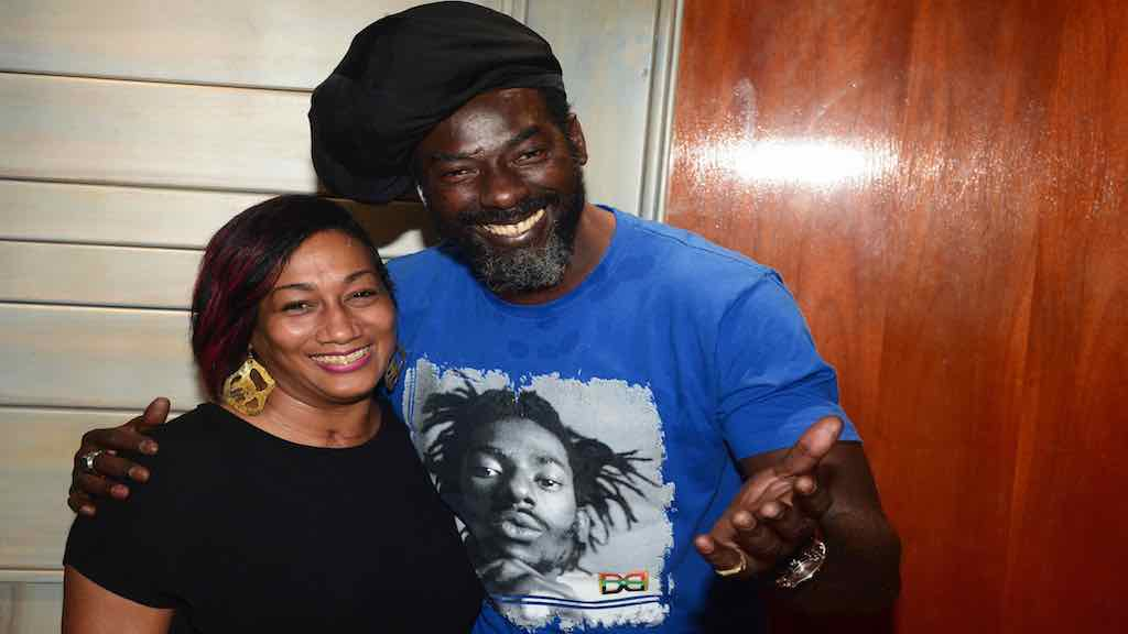 Supreme Ventures Limited Chief Marketing Officer, Heather Goldson visited reggae artiste, Mark 'Buju Banton' Myrie at his studio, Gargamel Music Studio last week. Supreme Ventures has come onboard as Gold sponsors of his 'Long Walk to Freedom' concert in March.