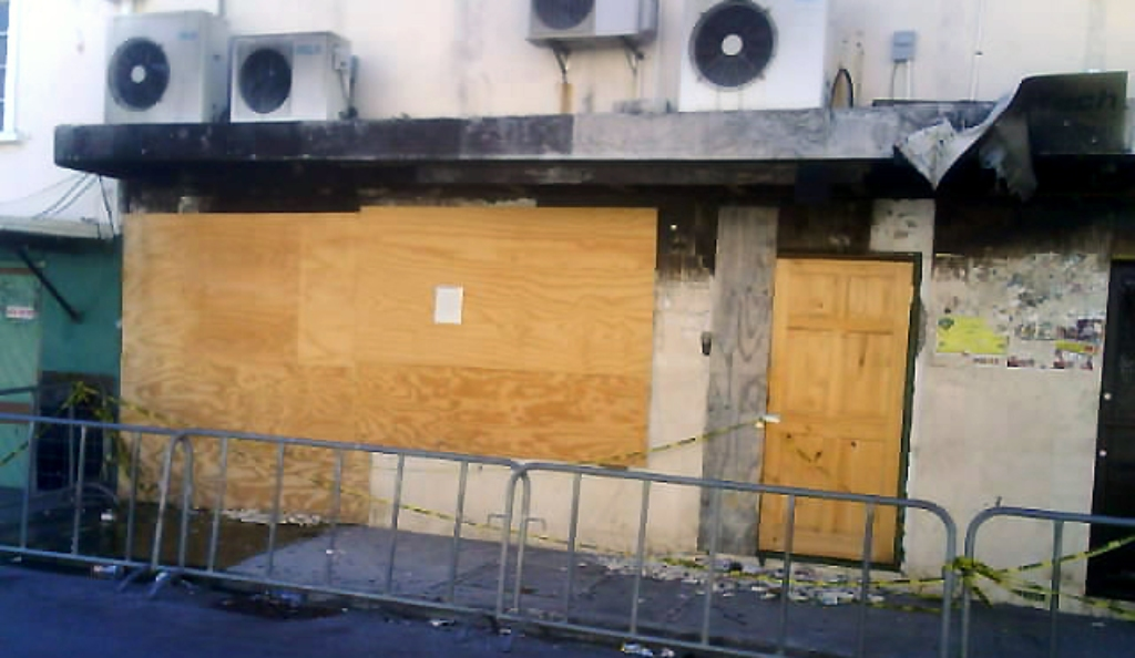 Campus Trendz location after the September 2010 fire. Since then in March 2017 the building was demolished. (Internet image)