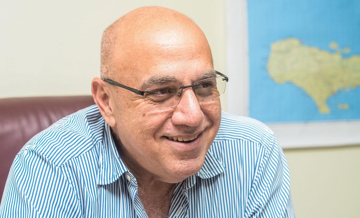 Reginald Boulos, Médecin et propriétaire des entreprises ''Delimart'' Crédit Photo : Challenges Magazine