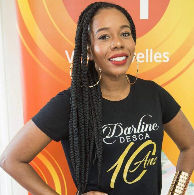 Darline Desca dans les locaux de Loop Haiti