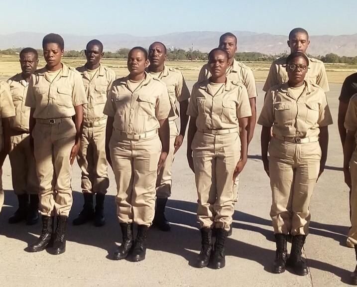 Après un mois et demi de formation à la base militaire de Temamatla (Estado de Mexico), 15 futurs cadres des Forces Armées d'Haïti sont retournés au pays ce 22 février 2019.