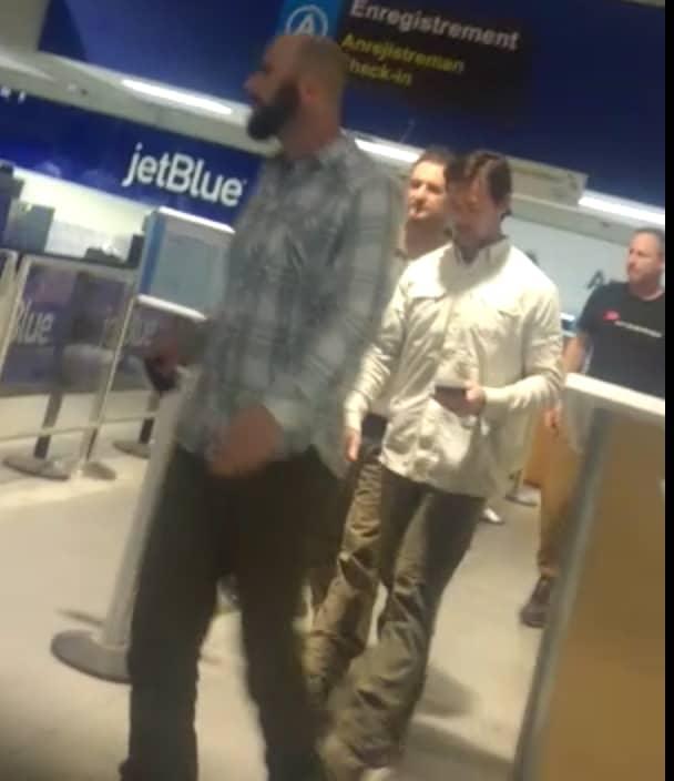 Les présumés mercenaires étrangers à l'aéroport Toussaint Louverture