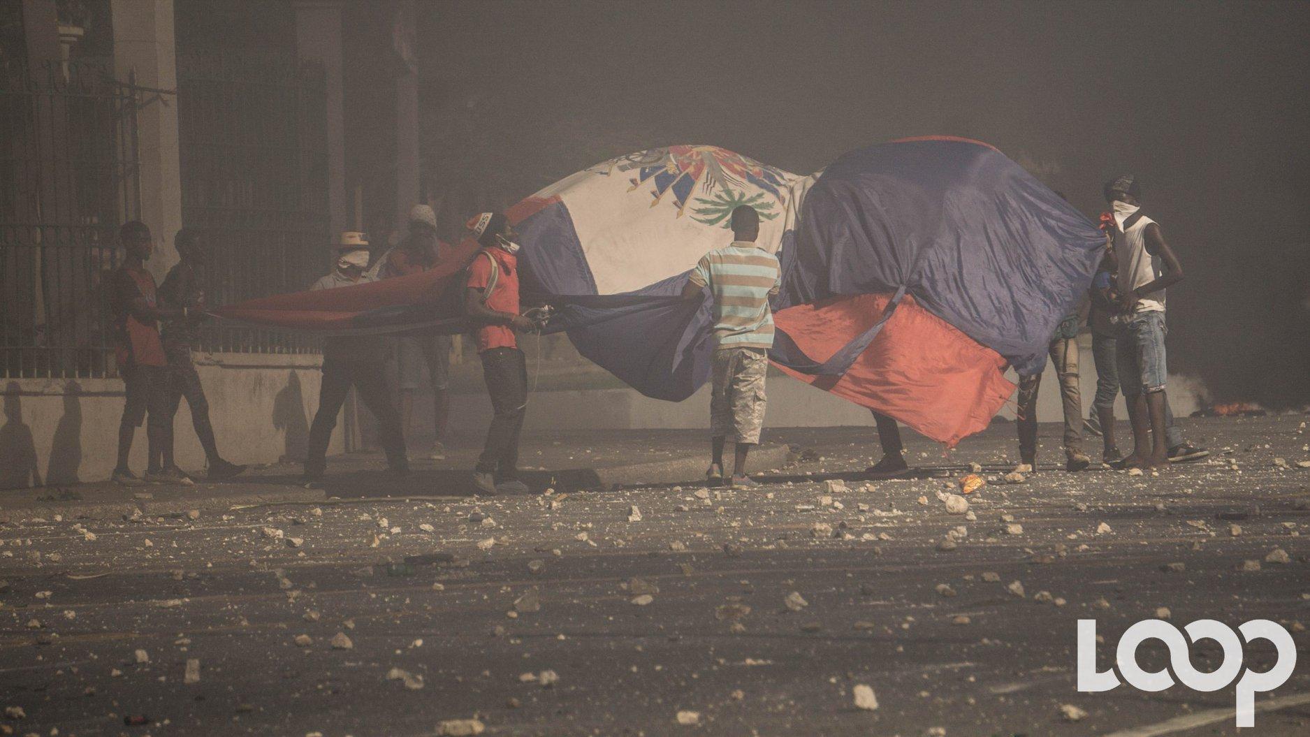 «Un sursis administratif aux renvois (SAR) vers Haïti entre en vigueur immédiatement suite à une décision prise en date du 15 février», a précisé l'Agence des services frontaliers du Canada pour TVA Nouvelles.