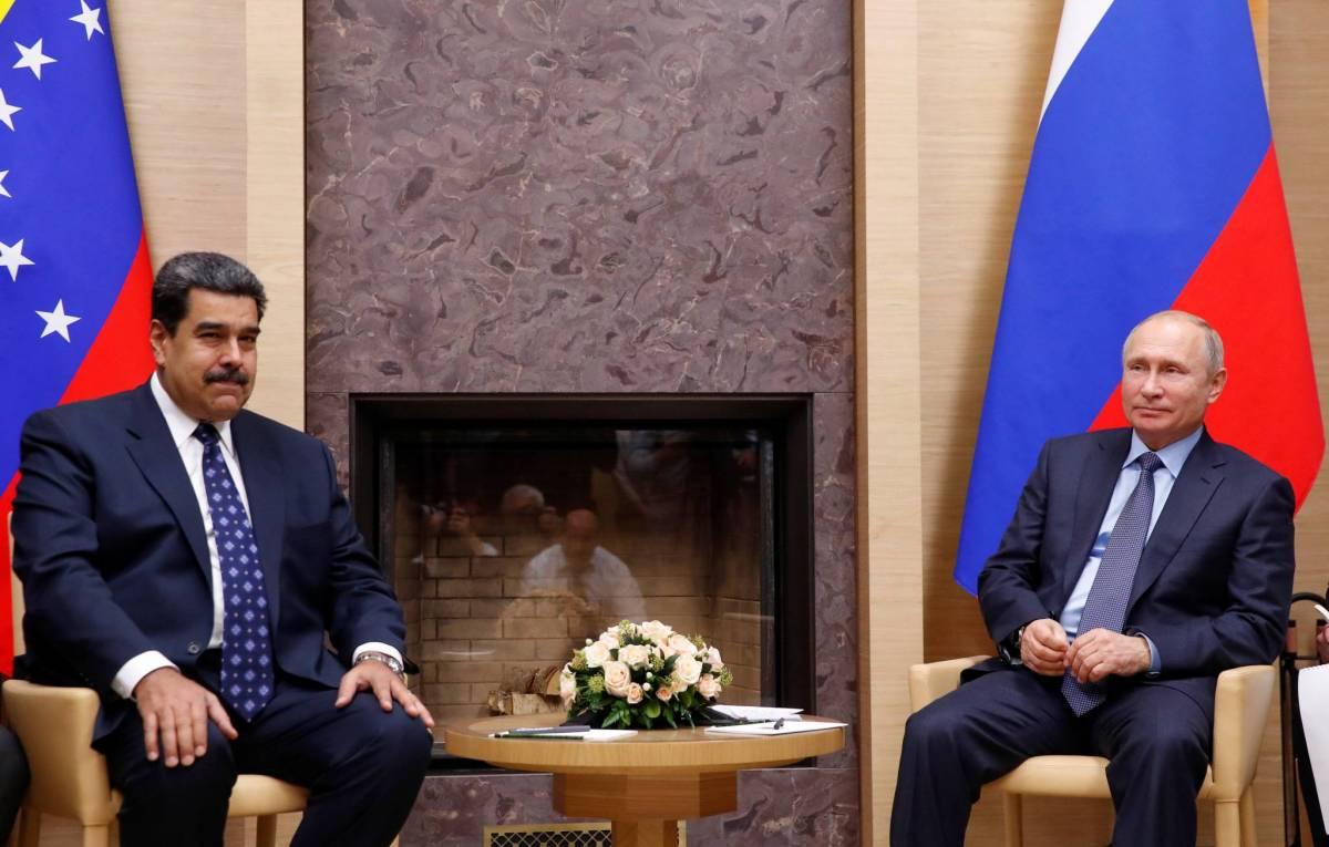 Le président russe, Vladimir Poutine (à droite sur la photo), recevant son homologue vénézuélien, Nicolas Maduro, à sa résidence d'Etat de Novo-Ogaryovo, en Russie, le 5 décembre 2018. REUTERS/Maxim Shemetov