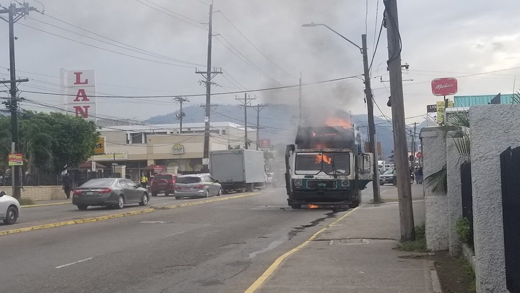 A garbage truck is on fire in the vicinity of Tastee in Liguanea, St Andrew. (PHOTO: JCF)
