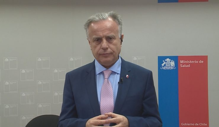 """Chili: action en justice annoncée contre ce ministre qui affirme que """"les migrants sont responsables de l'augmentation du VIH"""" dans son pays"""