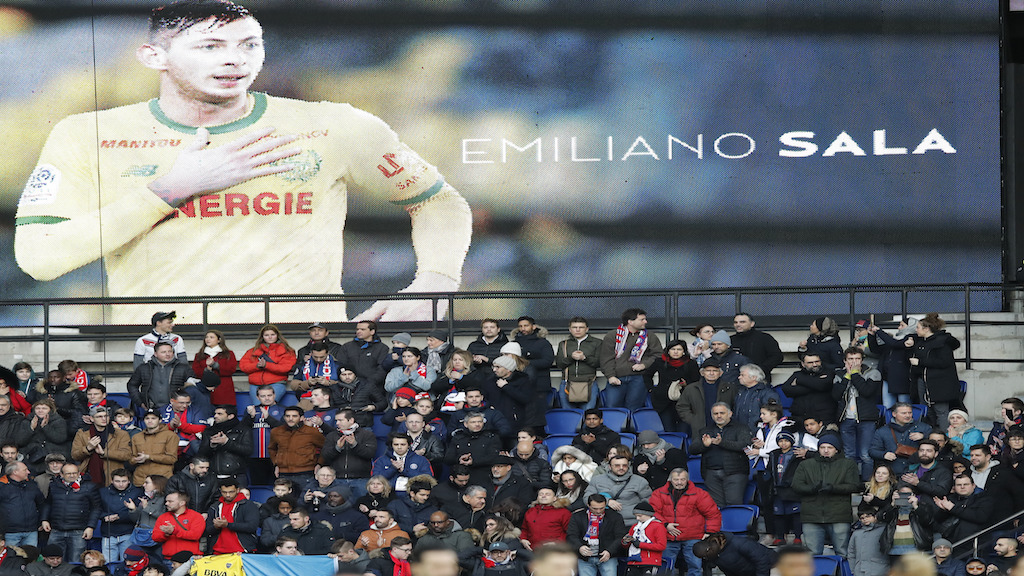 Tributes are paid to Emiliano Sala ahead of the French League One football match between Paris Saint-Germain and Bordeaux at the Parc des Princes stadium in Paris, Saturday, Feb. 9, 2019. (AP Photo/Christophe Ena)