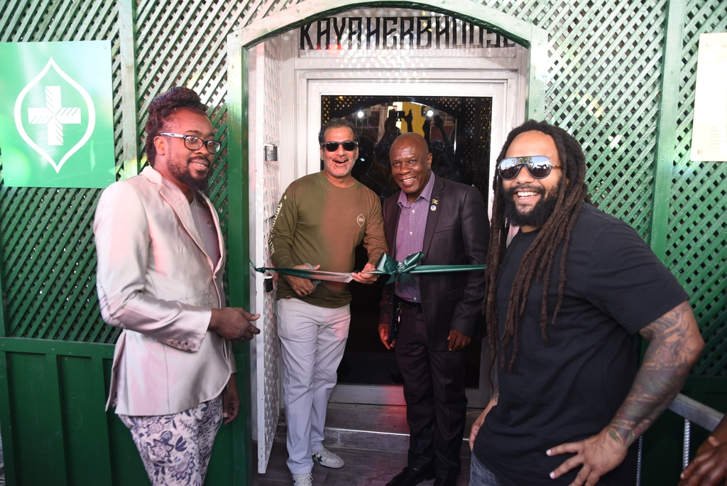 On hand to cut the ribbon are  (from left to right) Recording artiste Beenie Man, Chief Ganja Officer Balram Vaswani, Mayor Colin Gager and Ky-Mani Marley.