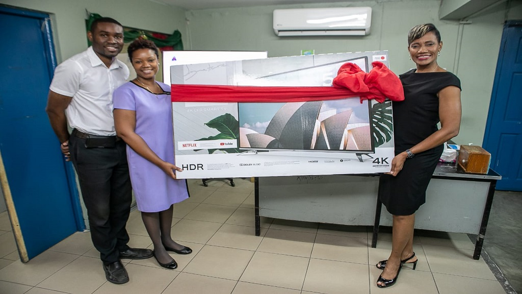 *From left to right: Dave Foster, Supervisor of Outpatient Department, Alicia King, Manager of Physiotherapy services, KPH,VJH Hospitals, and Dr Paula Dawson at the KPH Hospital for the handover of a Smart TV to the Physiotherapy Department there.