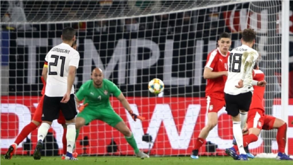 Leon Goretzka scores against Serbia.