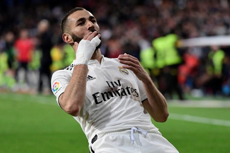 L'attaquant du Real Madrid Karim Benzema buteur lors de la victoire du Real Madrid 3-2 sur Huesca en 29e journée du championnat d'Espagne le 31 mars 2019