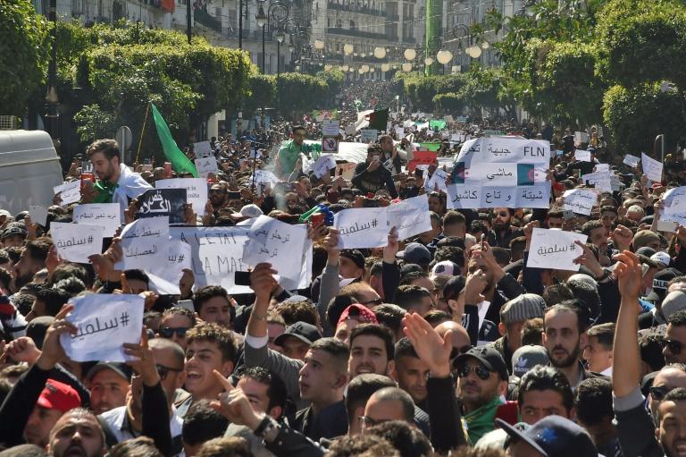 Principales dates d'Abdelaziz Bouteflika, candidat à un 5e mandat de président de l'Algérie
