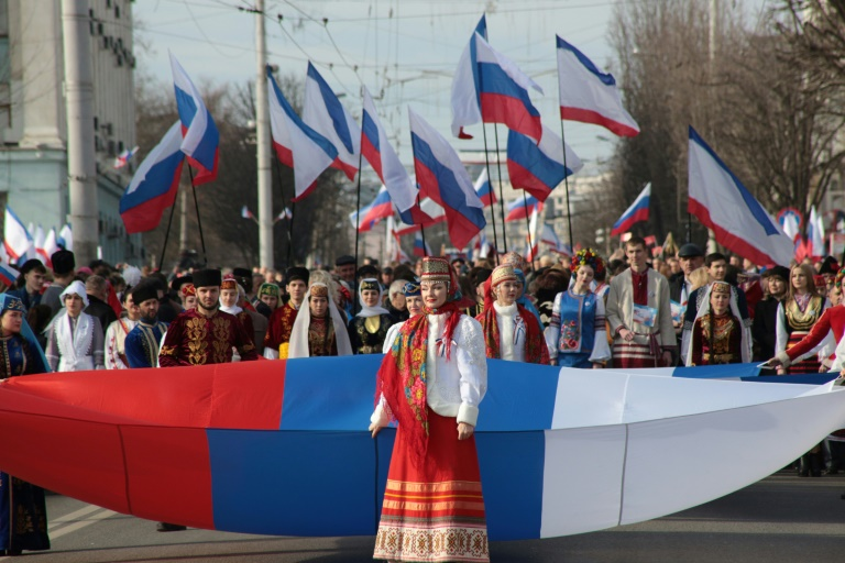 Défilé pour fêter les cinq ans de l'annexion de la Crimée par la Russie à Simféropol le 15 mars 2019