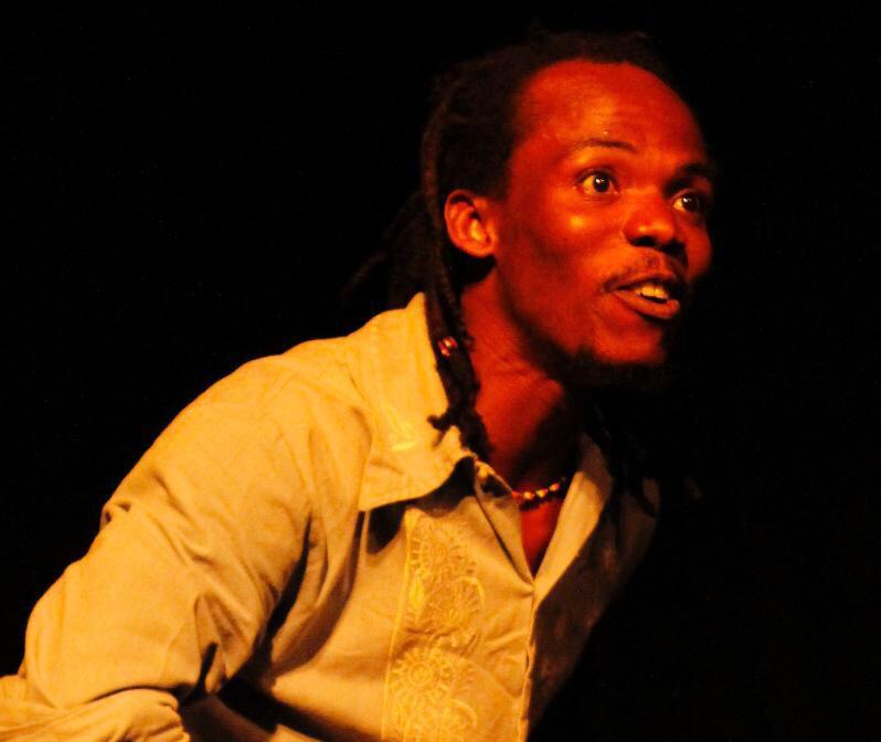 Chelson Hermoza, l'un des membres de la troupe Foudize Theatre.