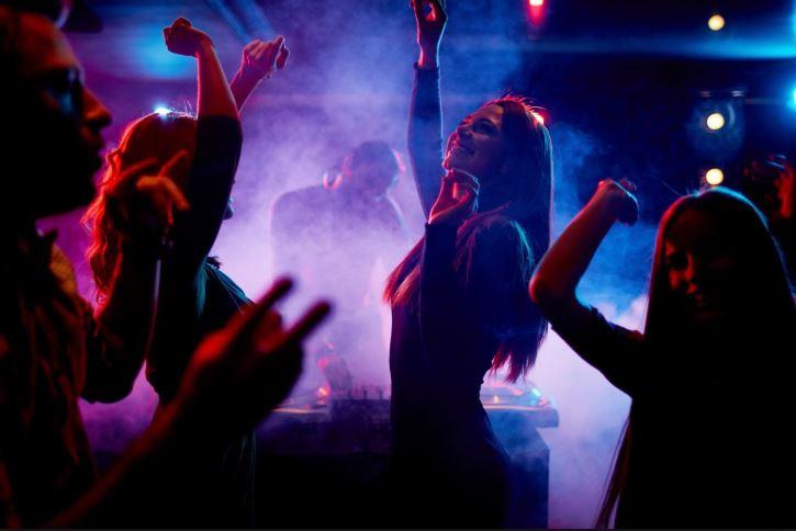 """Cuba: le reggaeton interdit par décret afin de """"protéger la culture"""""""