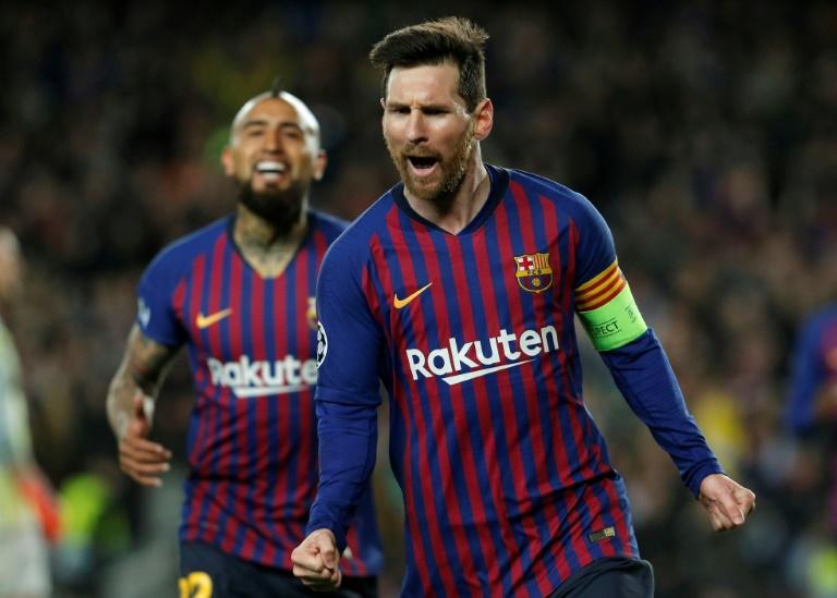 La star du Barça Lionel Messi marque contre Lyon en 8es de finale retour de la Ligue des champions, le 13 mars 2019 au Camp Nou