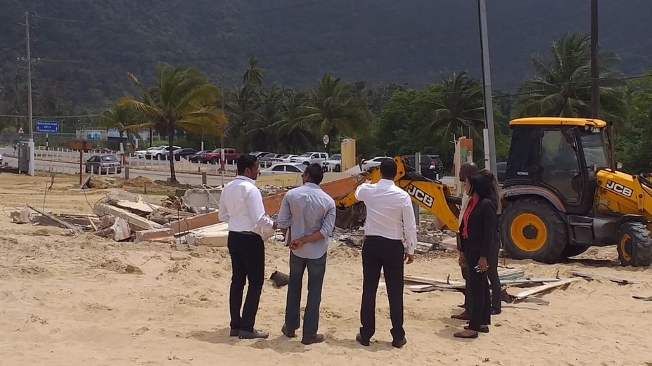 Tourism Minister Randall Mitchell visited Maracas Beach to see the work being done.