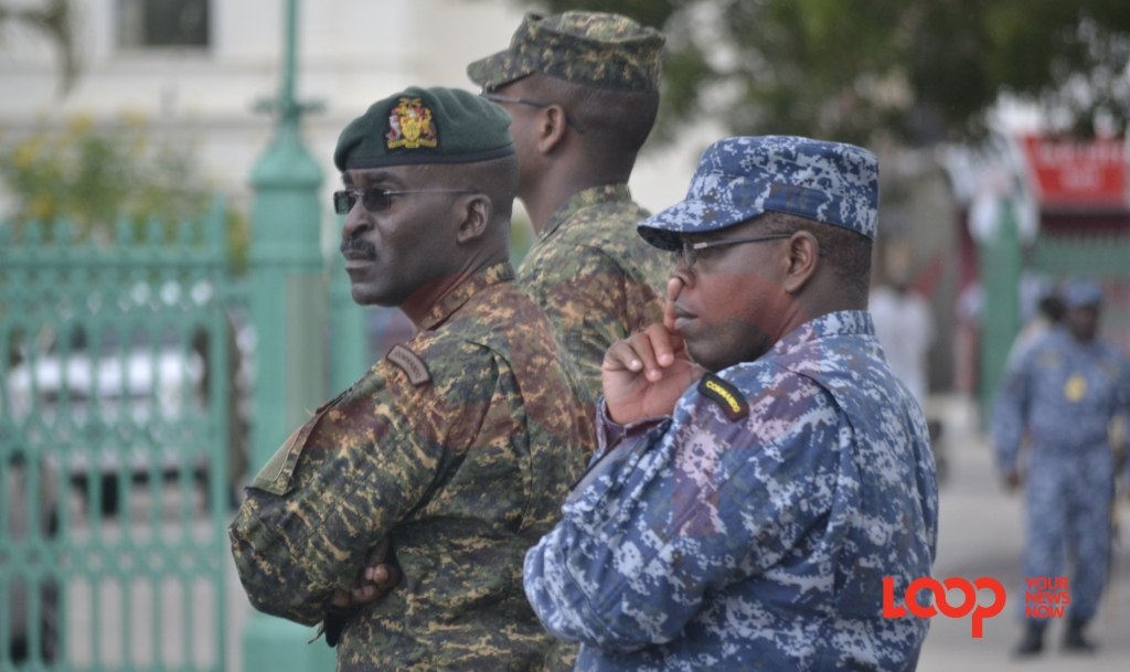 Chief of Staff of the Barbados Defence Force (BDF), Lieutenant Colonel Glyne Sinatra Grannum (left)