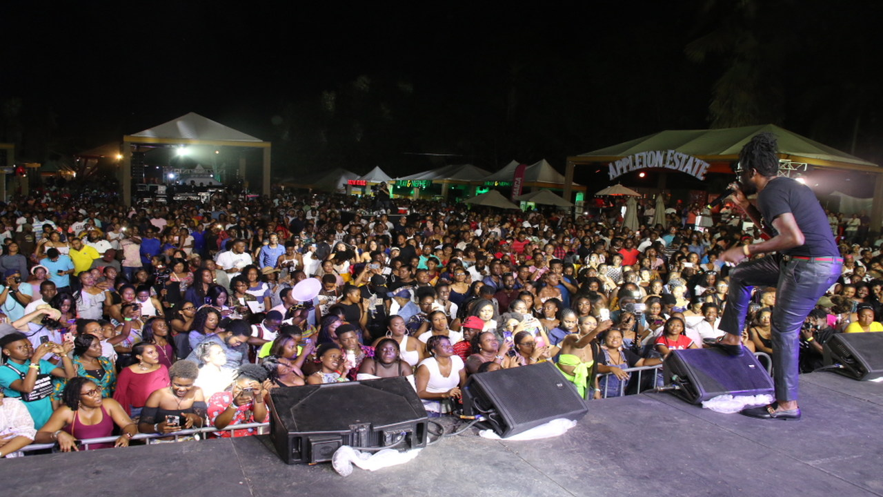 Dancehall entertainer Aidonia performs on the opening day of the Jamaica Rum Festival on Saturday. (PHOTOS: Llewellyn Wynter)