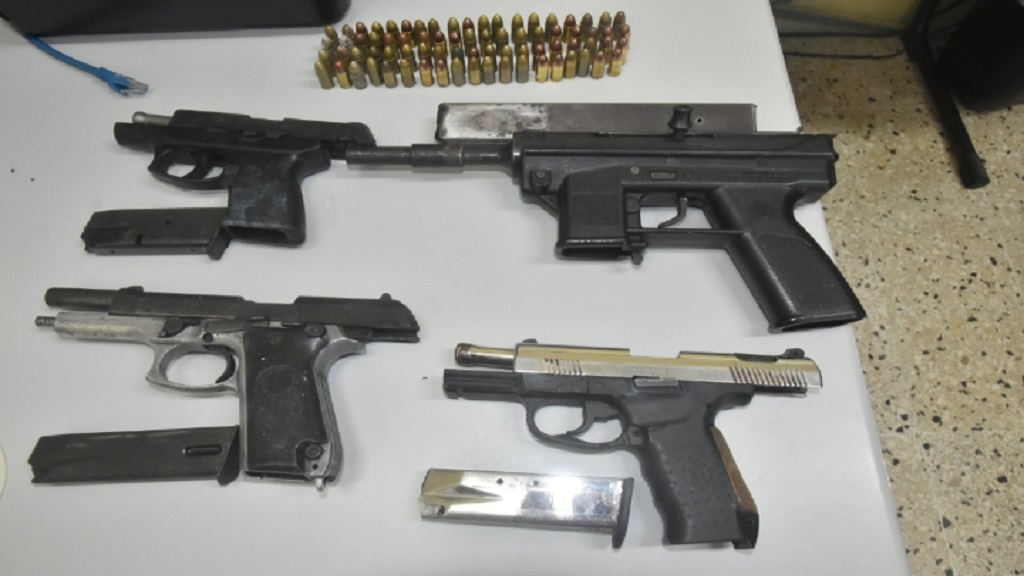 The guns and ammunition which were found and seized by the   Hanover police on Easter Sunday.