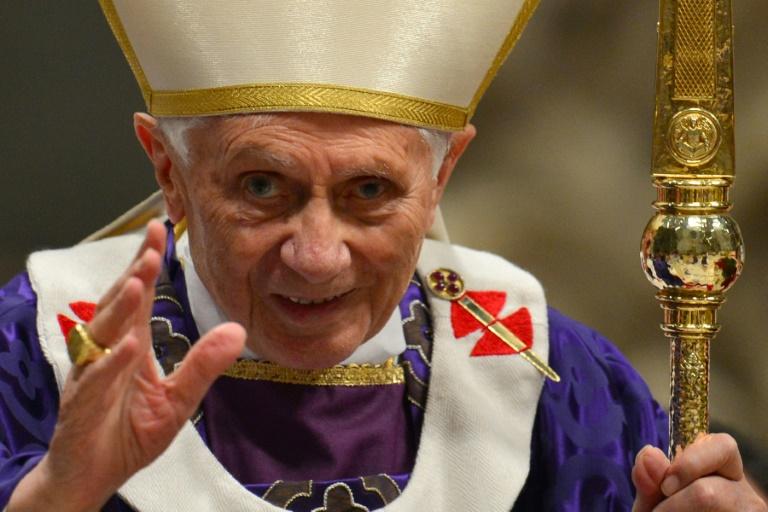 Le pape Benoît XVI lors de la messe du mercredi des cendres au Vatican, le 13 février 2013