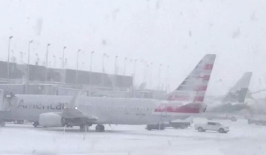 Resultado de imagen para cancellations airports chicago