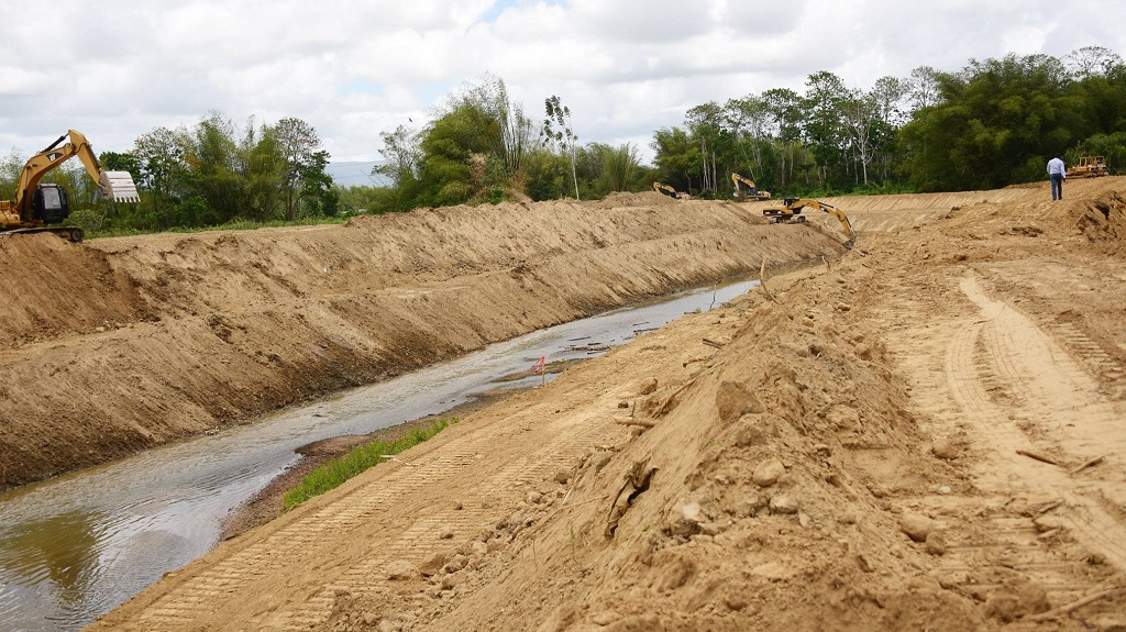 Photo: Greenvale River. Teams from the Ministry of Works and Transport have been working around the clock to dredge drains and waterways ahead of the approaching rainy season. Photo courtesy the Ministry of Works and Transport.