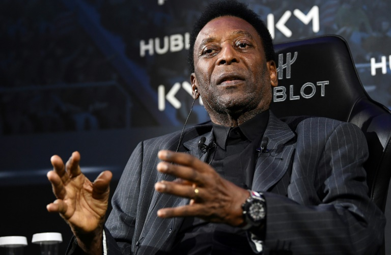 La légende du foot Pelé lors d'une rencontre avec Kylian Mbappé organisée par un sponsor, le 2 avril 2019 à Paris