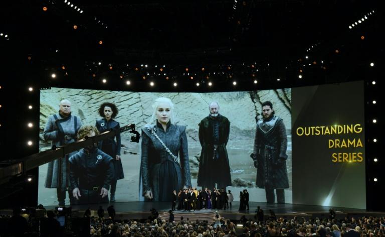 """Le casting de """"Game of Thrones"""" reçoit un Emmy, à Los Angeles le 17 septembre 2018"""