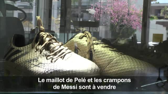 Le maillot de Pelé et les crampons de Messi aux enchères