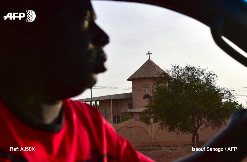 5 morts, dont un pasteur, hier à Silgadji, à 60 km de Djibo, chef-lieu de la province du Soum, dans le nord du pays