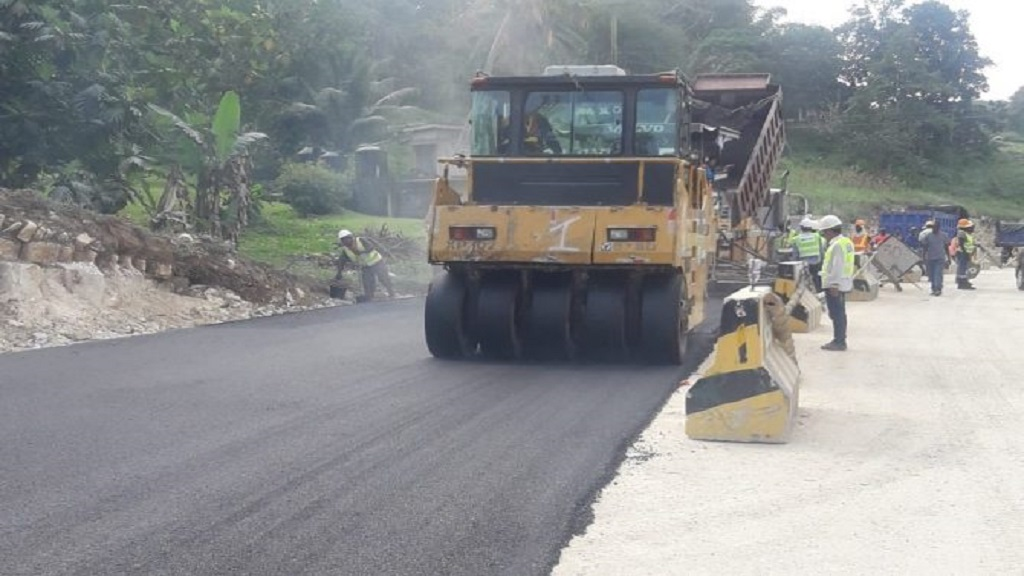 Work being carried on a section of the Ferris to Mackfield roadway in Westmoreland. (PHOTO: JIS)