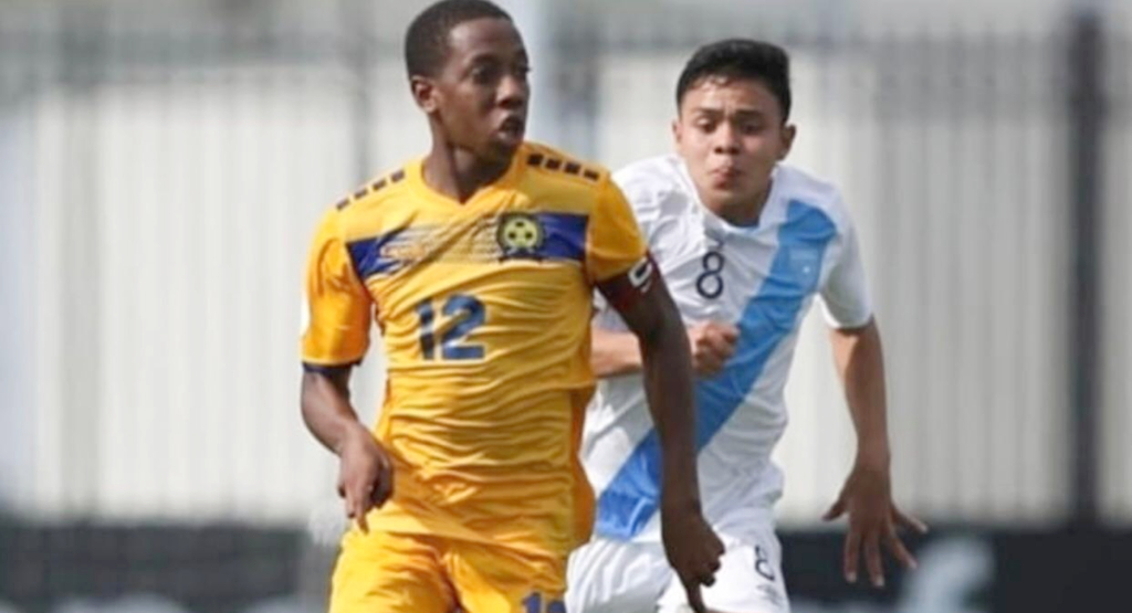 Captain Roshon Gittens taking the ball down the field. (SOURCE: CONCACAF)