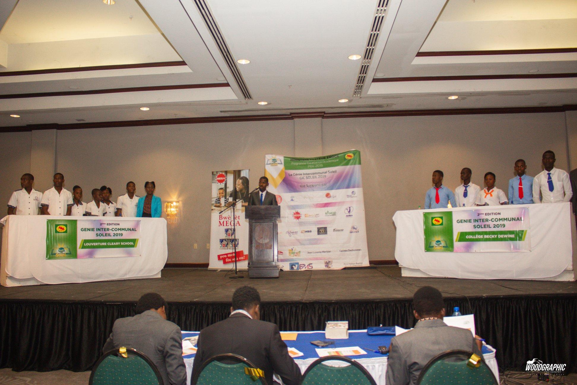 La finale du concours de GIC Soleil 2019 organisée samedi 4 mail à l'hôtel Caribe ou les deux écoles se sont affrontés./Photo-source: Page Facebook Jean Enock Joseph.