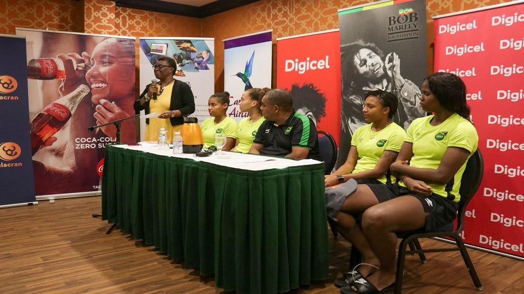 Jamaica's senior women's head coach, Hue Menzies (4th left) at a 