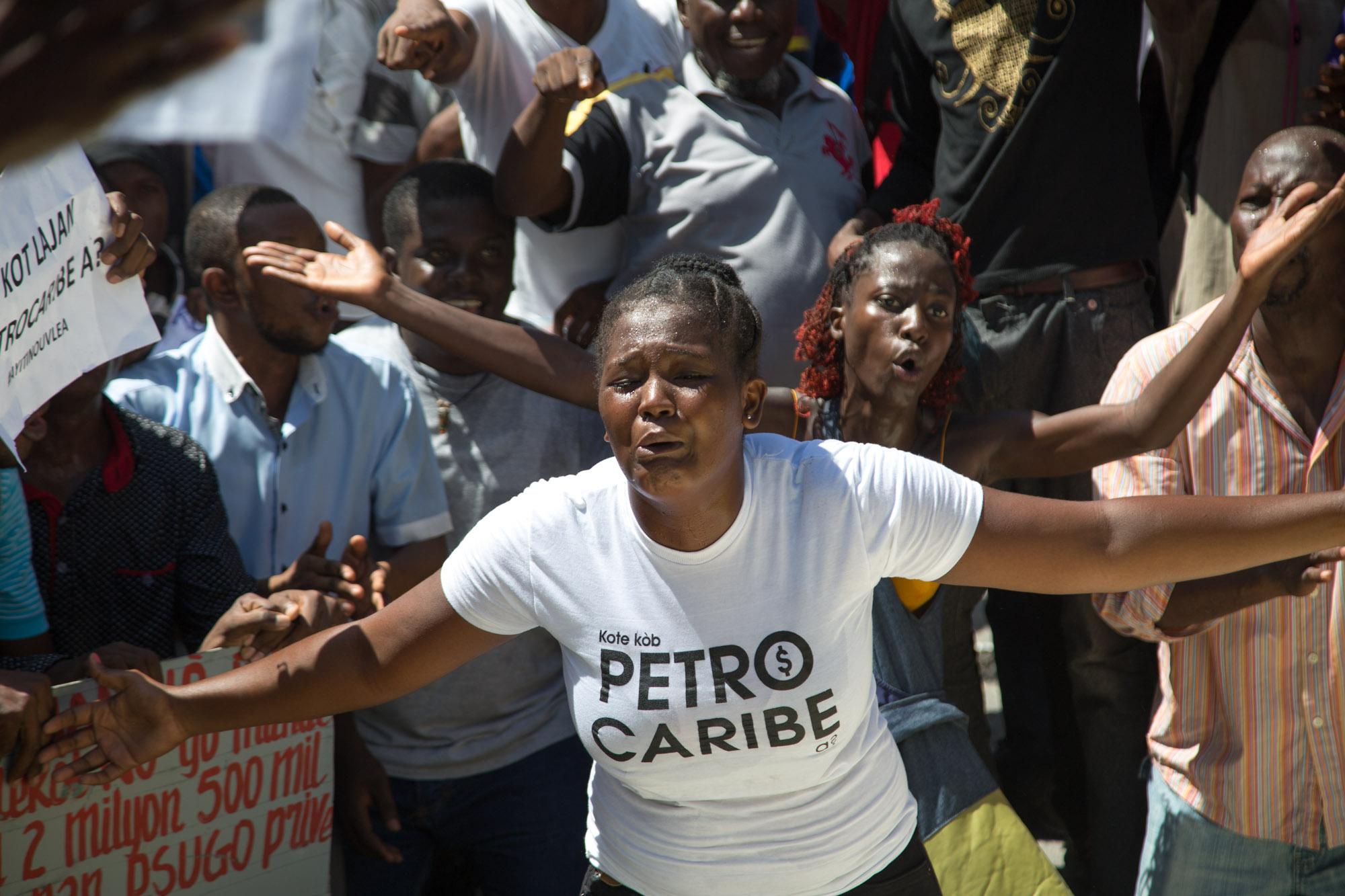 Petrocaribe: nouveau sit-in devant la cour des comptes