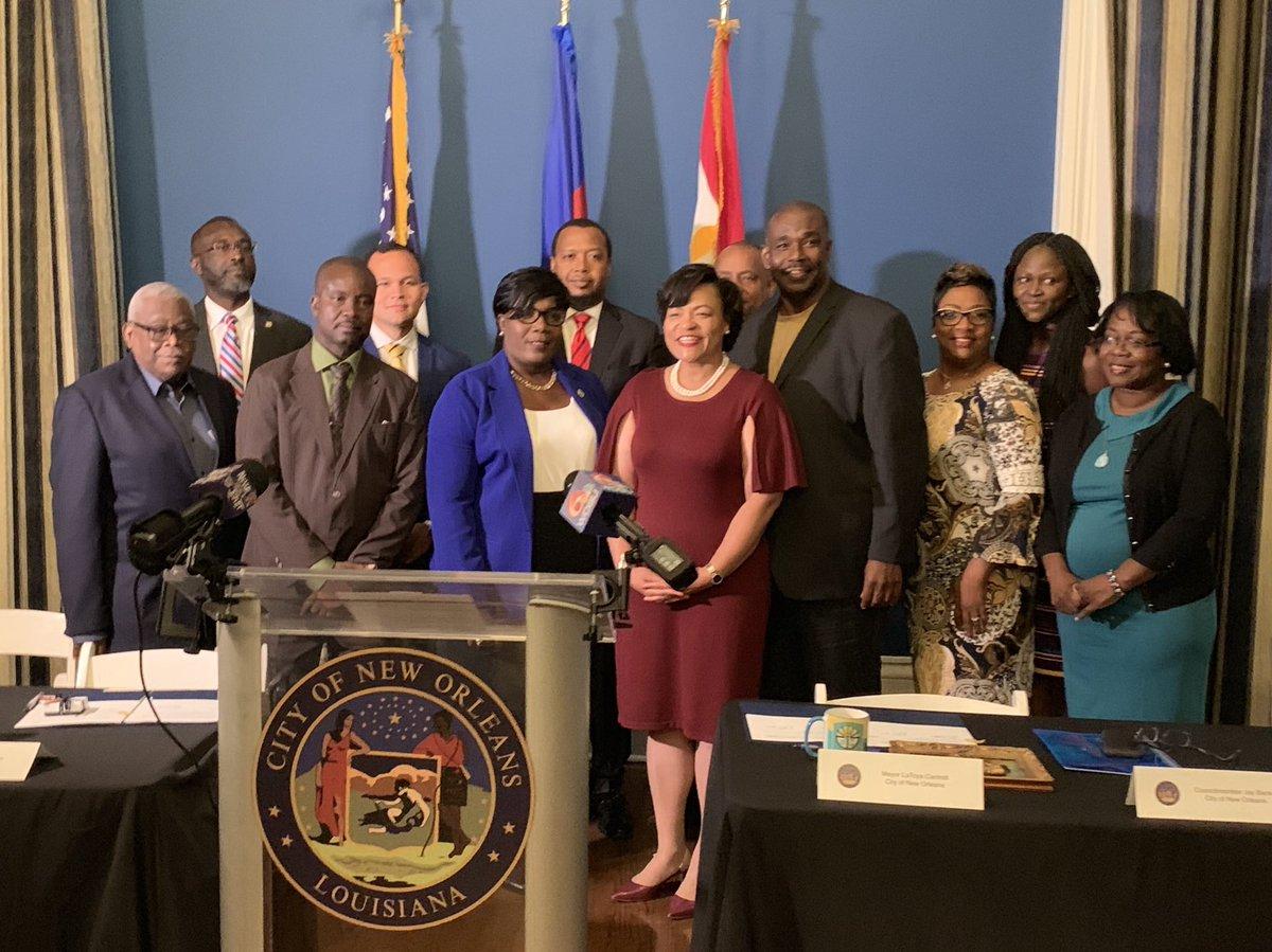 Photo prise lors de la cérémonie de signature de l'accord de jumelage entre les deux villes/ Crédit: Twitter de La Toya Cantrell