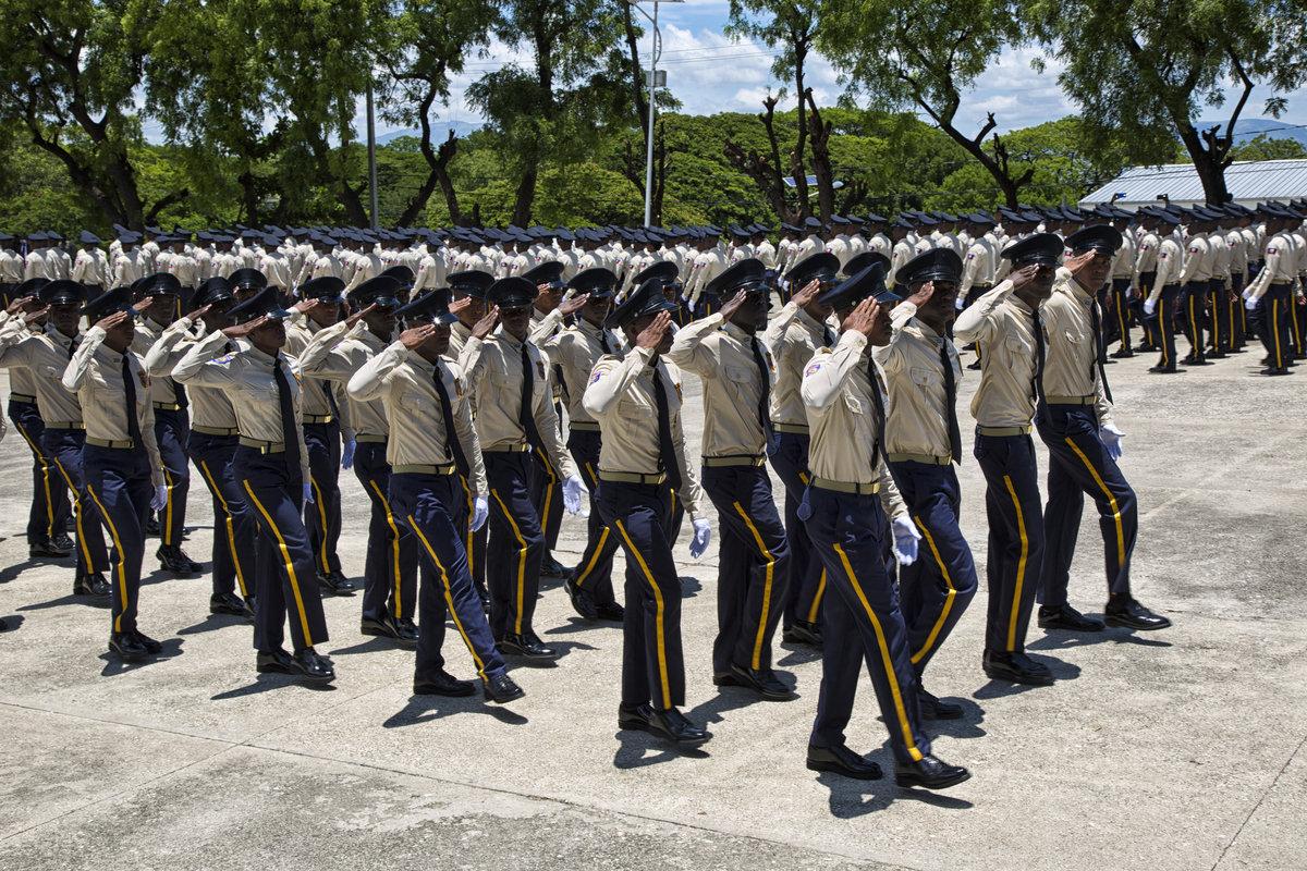 Cinq aspirants policiers arrêtés à l'académie, située à route de Frères, pour leur implication dans des actes de vols à mains armées./Photo: Archives Loop Haiti.