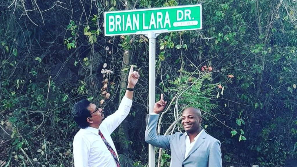 Brian Lara Drive unveiled. Photo via Facebook, The Ministry of Rural Development and Local Government.