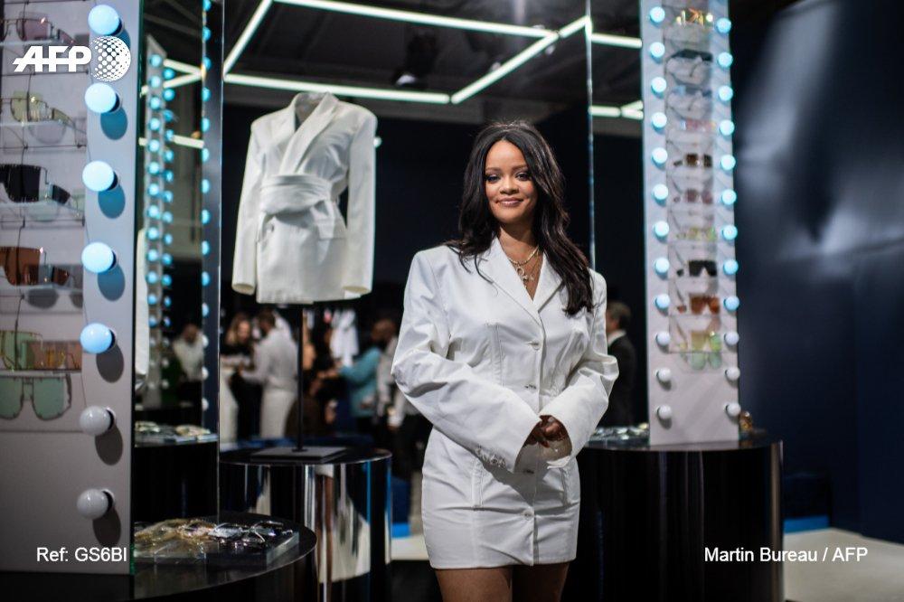 Rihanna promet de révolutionner la mode